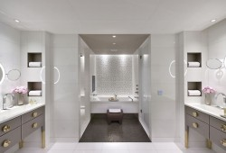 2-paris-mandarin-bathroom